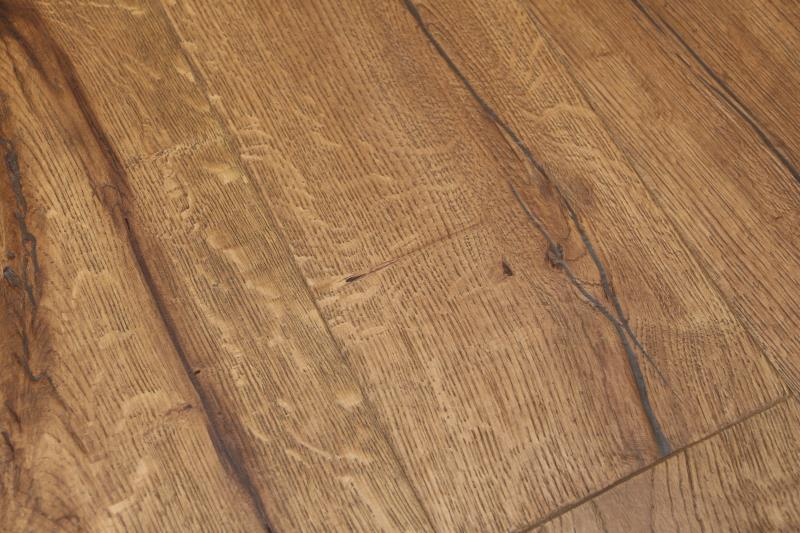 Kingsford Engineered Distressed Light Oak-21
