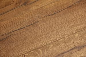 Kingsford Engineered Distressed Light Oak-11
