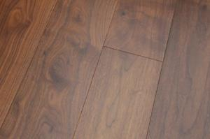 Richmond Engineered  Walnut Lacquered-01