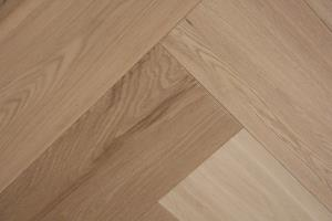 Cottage Engineered Herringbone Invisible Oiled Oak 148mm-01