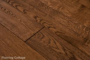 Whitehall Engineered Brushed Caramel Oak-21